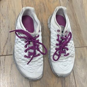 Woman's Nike Sneakers Size 6